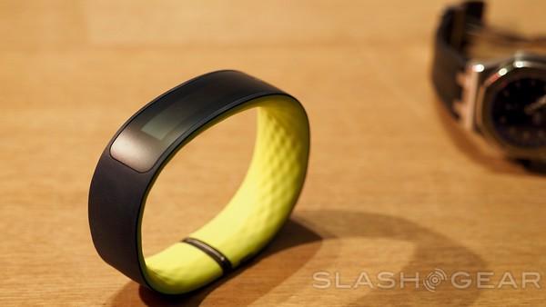 HTC Grip hands-on; finally, an HTC wearable