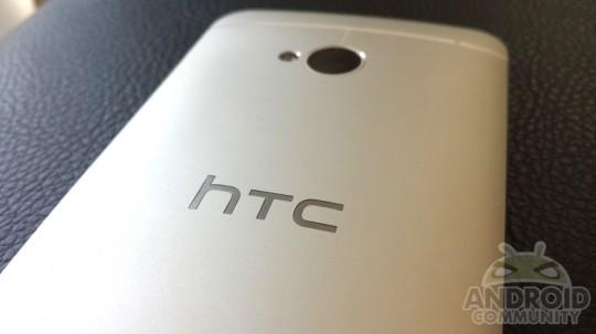 HTC teases something HUGE, math geniuses can try