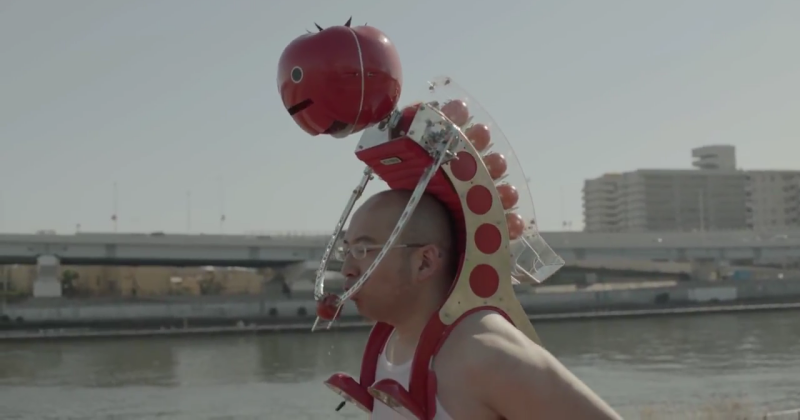 Tomatan robot rides on your shoulders, feeds you tomatoes