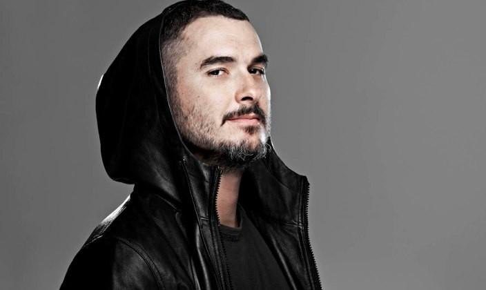 Apple hires BBC Radio DJ Zane Lowe to join iTunes Radio service