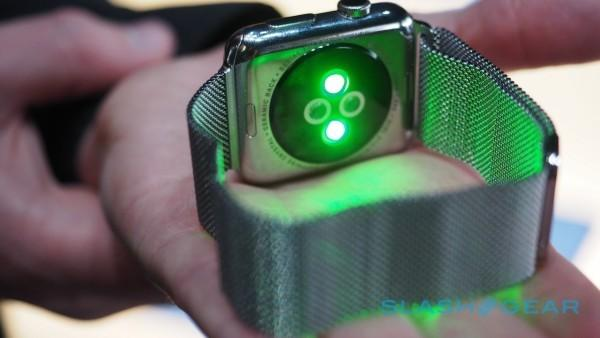 apple-watch-hands-on-2015-sg-12-600x338