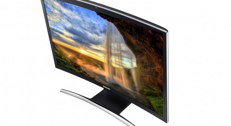Samsung ATIV One 7 Curved all-in-one PC now shipping