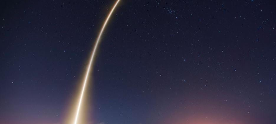 Flickr introduces public domain option: SpaceX gets on board