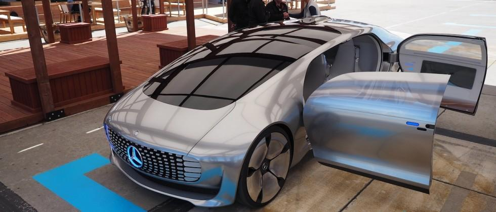 How Mercedes' F 015 self-driving car is shaping smart cities