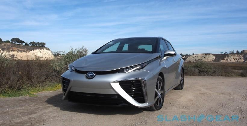 Toyota refutes cynics by running Mirai's hydrogen fuel cell on manure