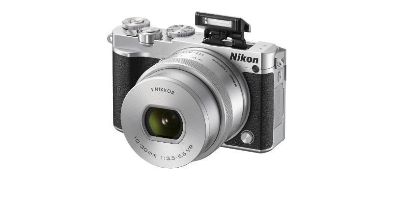 Mirrorless Nikon 1 J5: high-speed, short lag, 4K videos