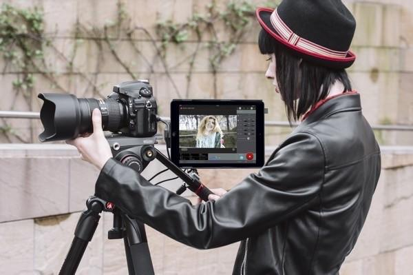 Manfrotto Digital Director turns iPad Air into DSLR command center
