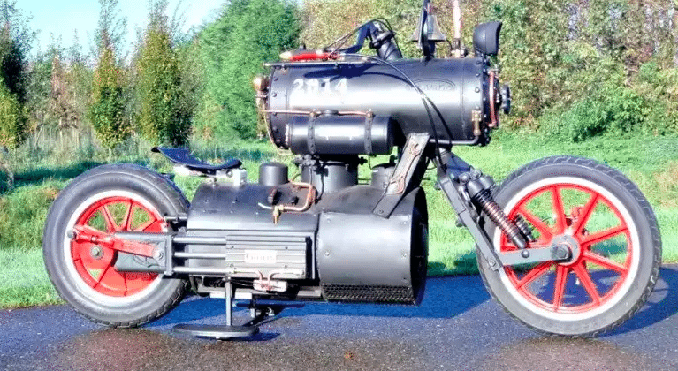 Black Pearl motorcycle is a steampunk locomotive bike