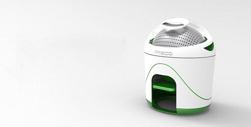Drumi cleans clothes with no power and little water