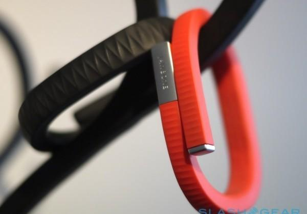 Report: Jawbone, AmEx will challenge Apple Pay, Google Wallet