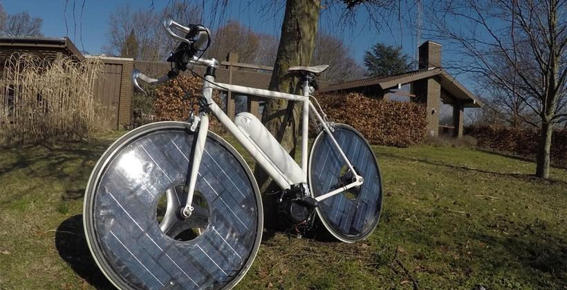 Solarbike has solar panel wheels