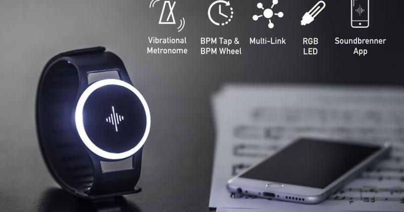 Soundbrenner Pulse wearable helps musicians keep to the beat