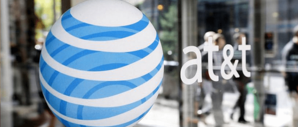 AT&T extends rollover data to a couple prepaid plans