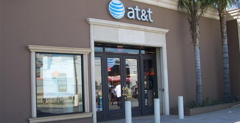 AT&T changes stance on hard throttling for users of unlimited data plans