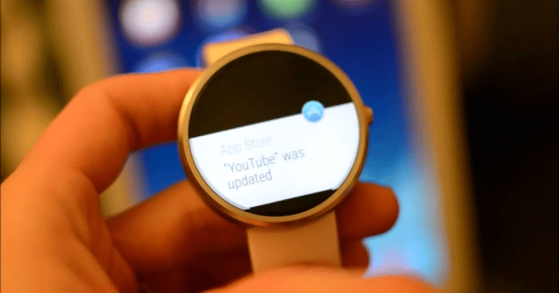 Connect the Moto 360 to iOS, needs an Android phone