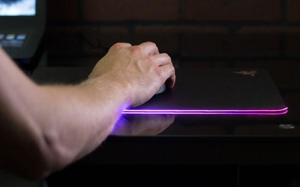 Razer Firefly, the light-up mousepad you never knew you needed