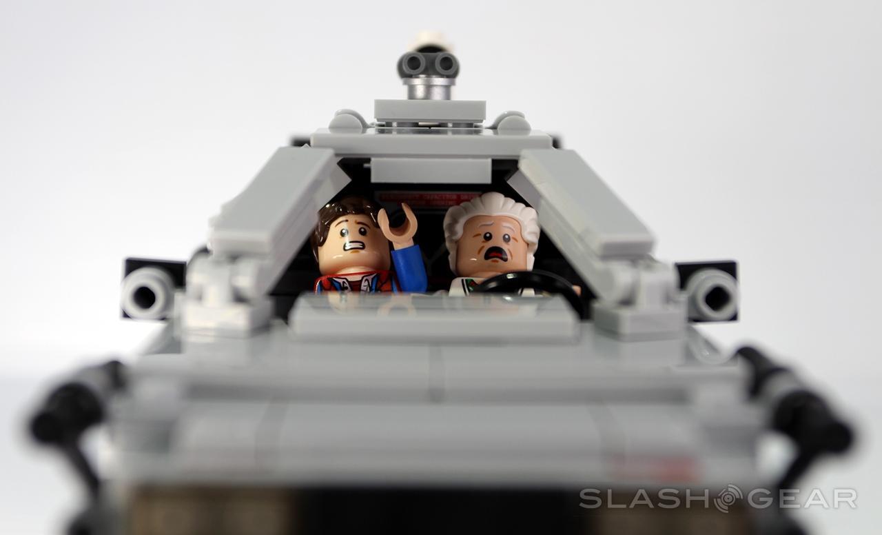 slashgear_lego_bttf_0