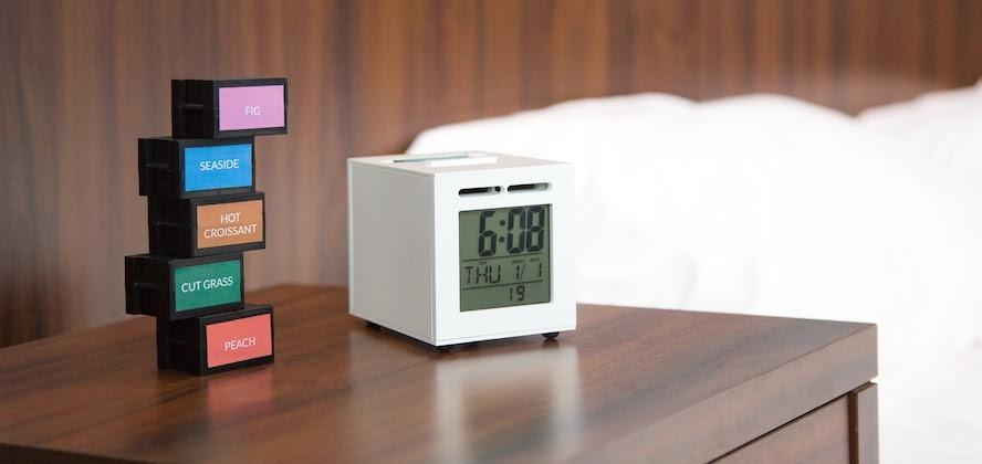 SensorWake alarm clock lets you wake up to smells of your choice