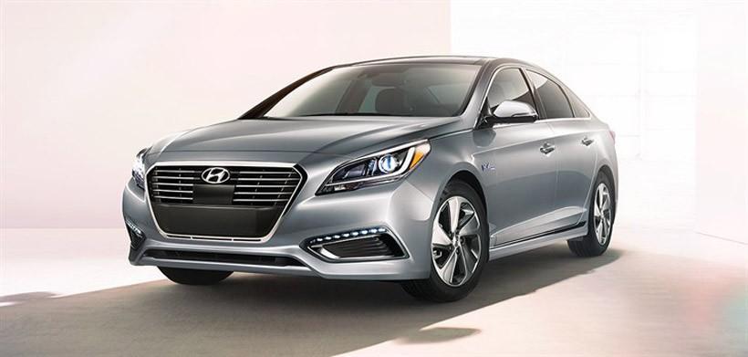 Hyundai Sonata Hybrid SE promises 40 mpg in the city
