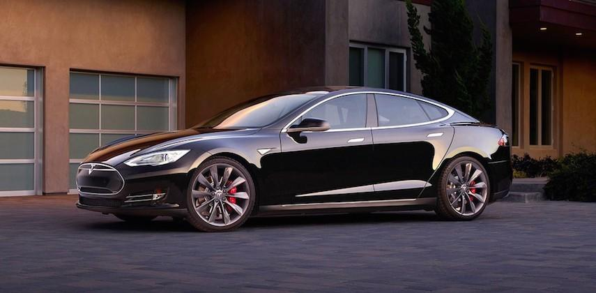 Tesla begins selling used cars at discount prices