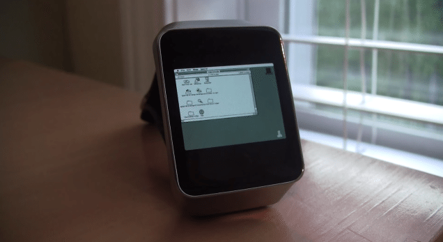 Apple Watch of a different breed: Macintosh II software running on Android Wear