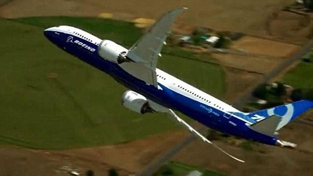 Watch Boeing's vertical Dreamliner take-off from the captain's chair