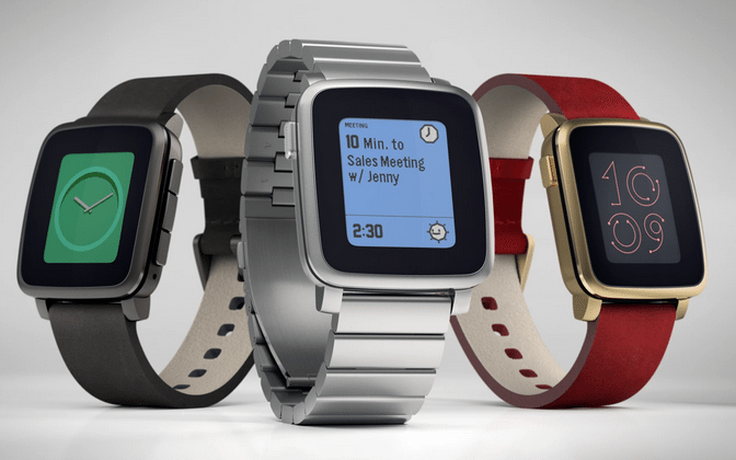 Pebble points finger at Apple in app delay issues
