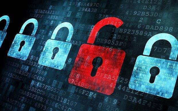 Huge hack spills data of 4m US federal employees