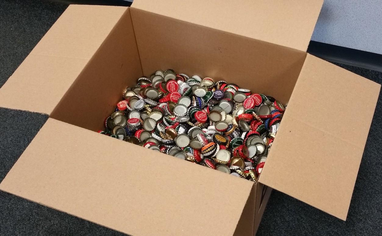 Dedicated Fallout fan tries to preorder Fallout 4 with over 2,000 bottle caps
