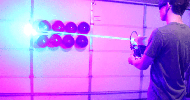Homemade 40W laser shotgun: don't try this at home