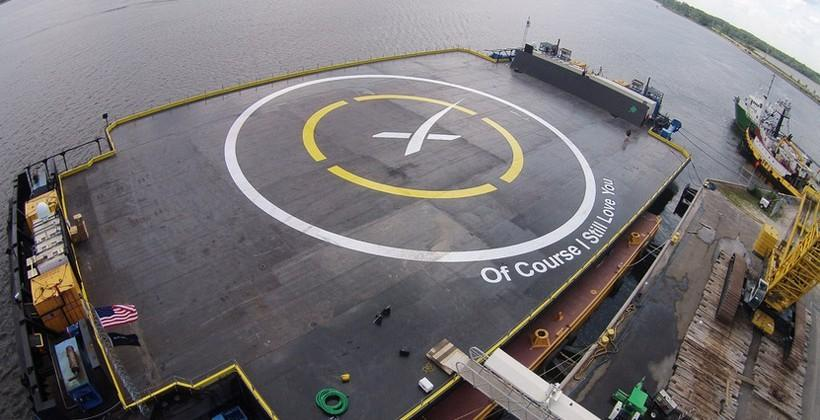 SpaceX to try third attempt at rocket landing on Sunday