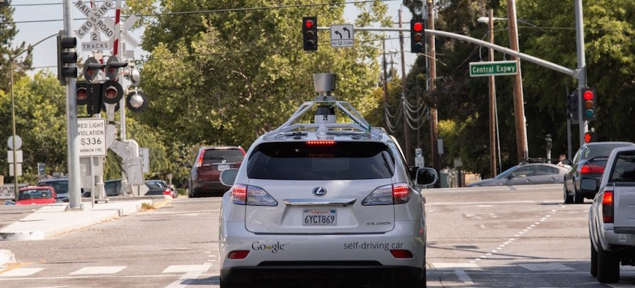 Google offers inside look into driverless car collision with human driver