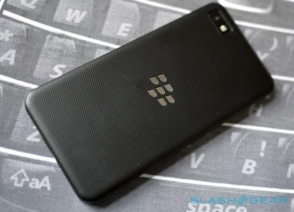 BlackBerry ready to drop smartphones if things don't improve