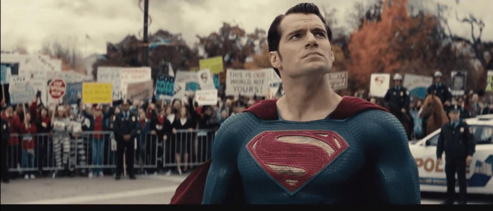This new Batman v Superman: Dawn of Justice trailer has us picking sides