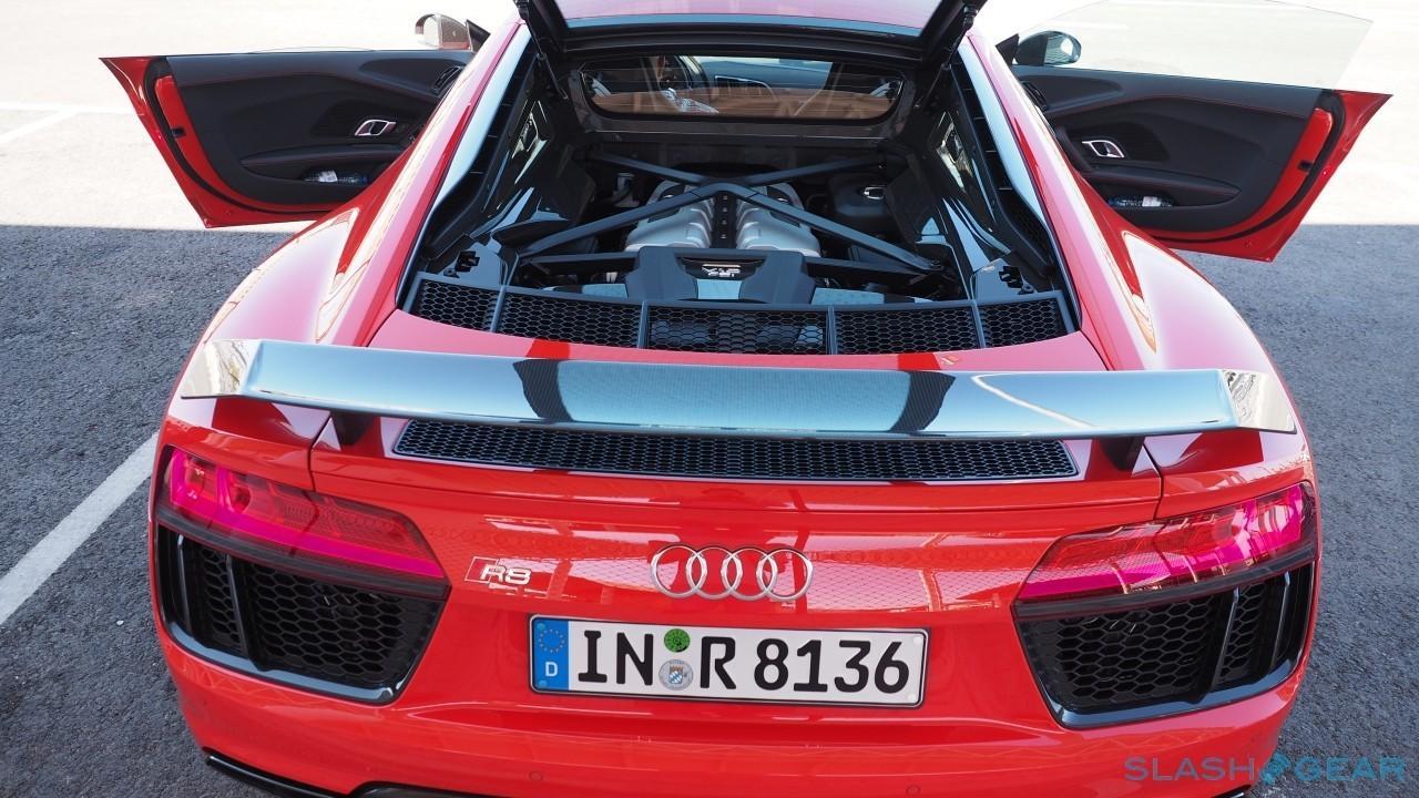 2017 Audi R8 V-10 Engine