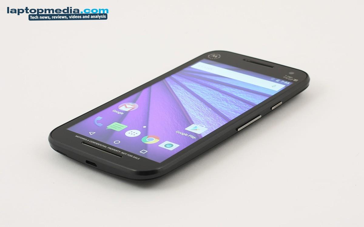 Moto G 2015 poses for the camera ahead of official date