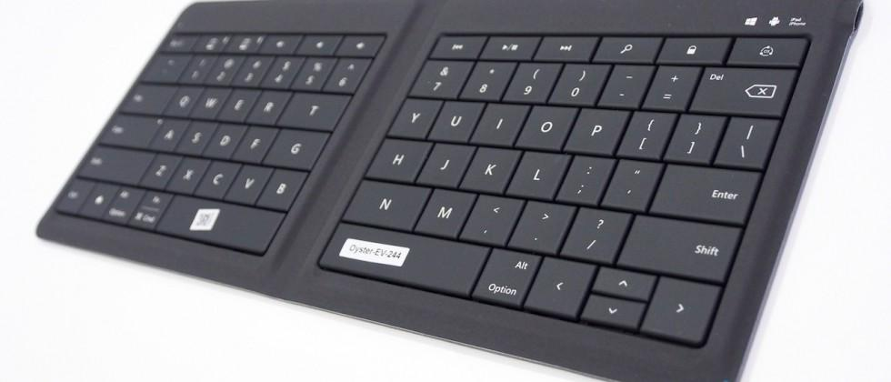 Microsoft's folding Bluetooth keyboard plays nice with all
