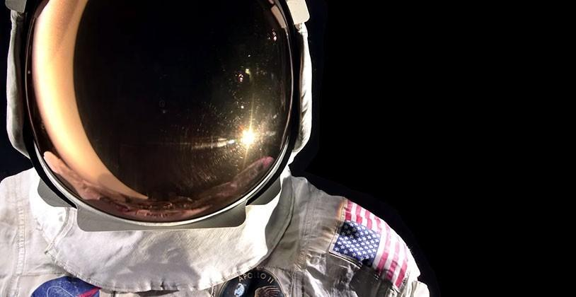 Smithsonian wants to digitize Neil Armstrong's space suit
