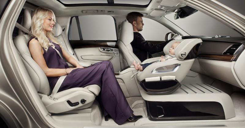 Volvo's Excellence Child Seat Concept faces backwards