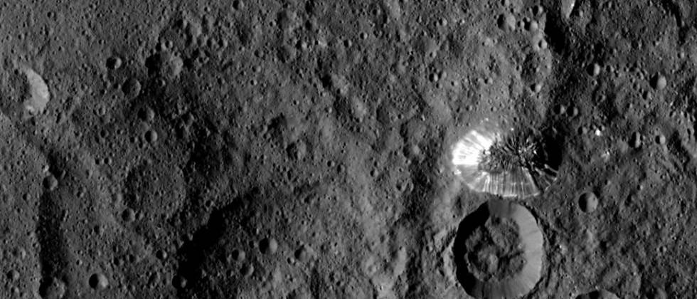 NASA's new Ceres photo zooms in on shiny mystery mountain