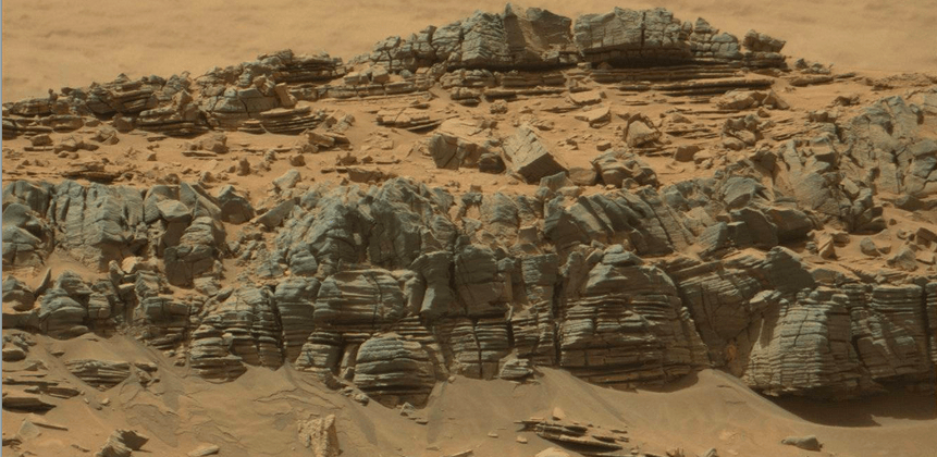 NASA pic spurs conspiracy theory about crabs on Mars