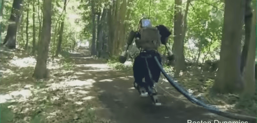 Boston Dynamics' robot goes for unsettling outdoors jog