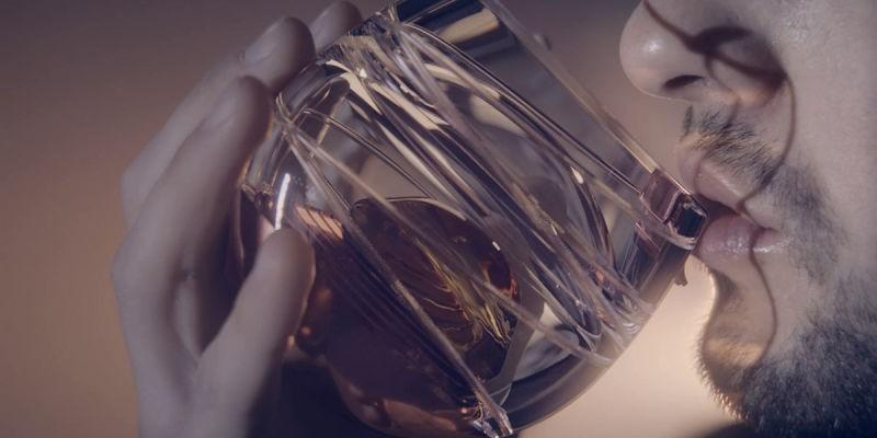 This whiskey glass lets you enjoy booze in microgravity