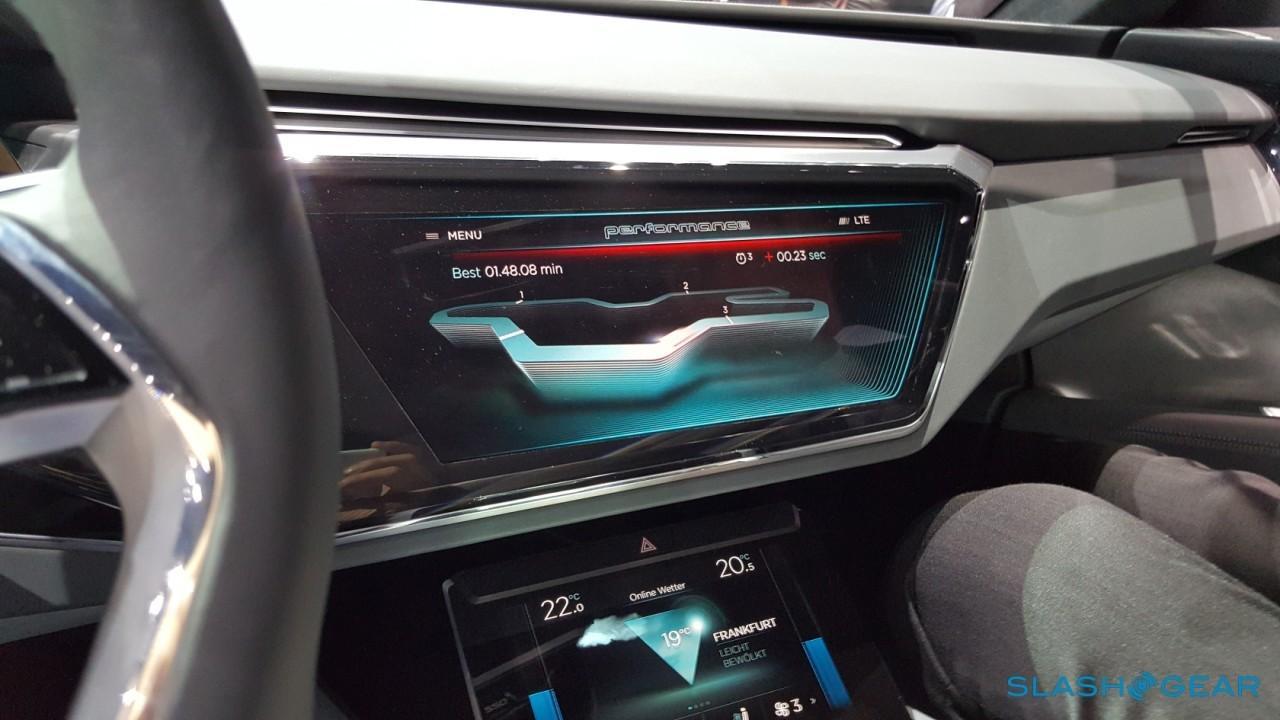Audi e-tron Quattro Concept Interior 4