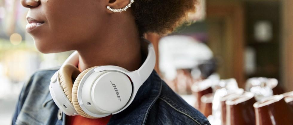 Bose SoundLink around-ear wireless headphones II: 15hrs battery life
