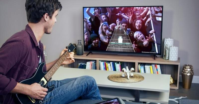 Apple TV's Guitar Hero Live, Disney Infinity have one caveat
