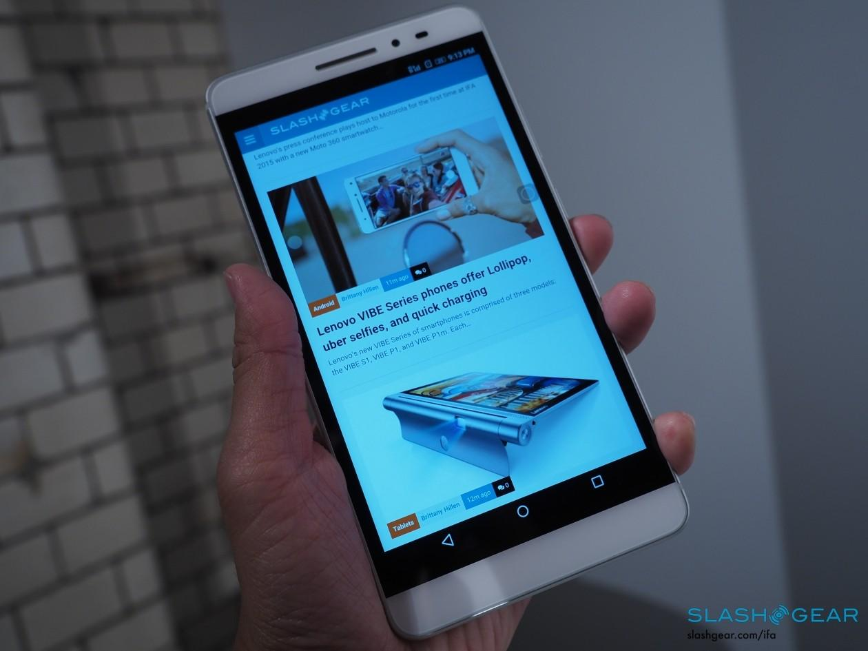Lenovo-IFA-2015-product-hands-on-press-event-86