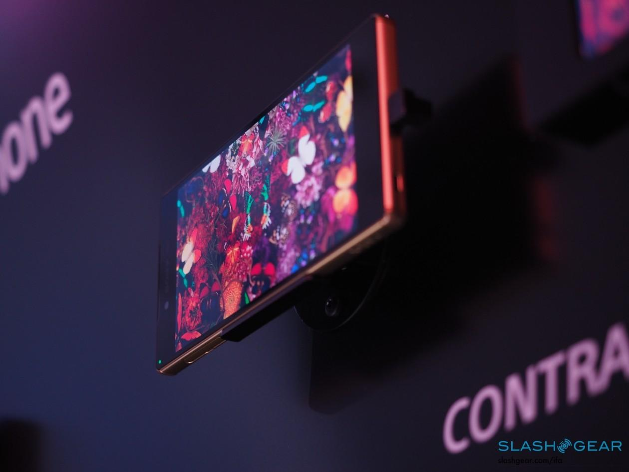 Sony-IFA-2015-product-hands-on-press-event-154