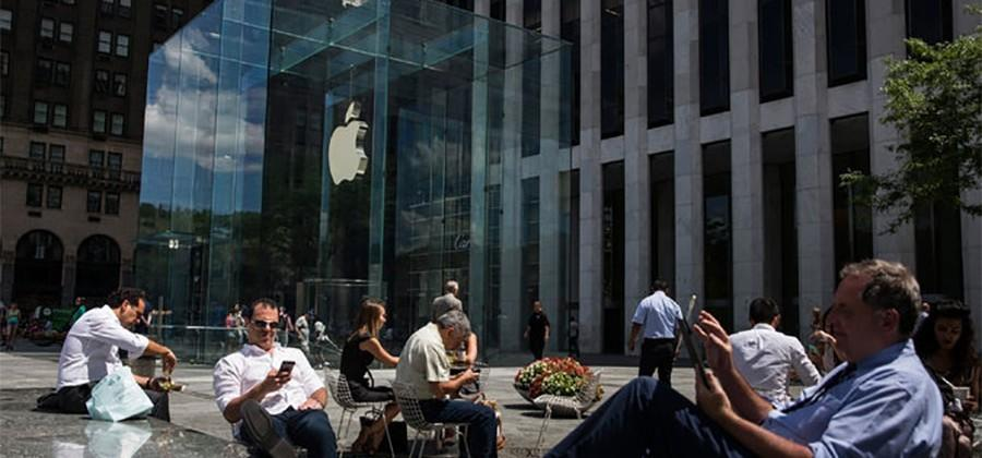 Apple and US government in a showdown over iMessages