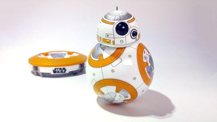BB-8 by Sphero Review: the best Star Wars toy ever made